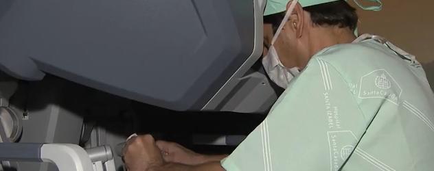 Imprensa destaca primeira cirurgia robótica da Bahia