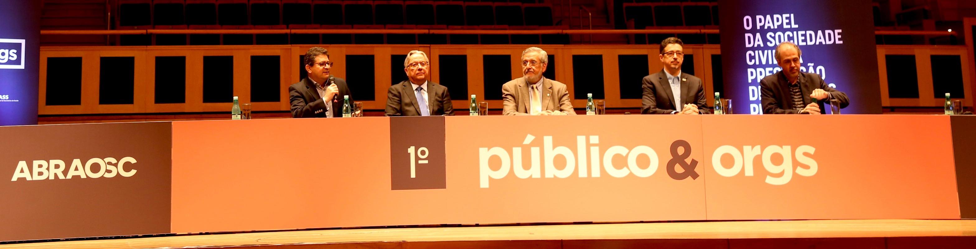1º Público&Orgs reúne especialistas e discute a atuação da sociedade civil organizada nos serviços públicos