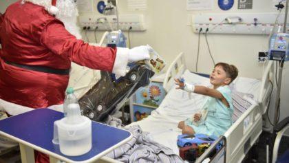 Clima natalino contagia pacientes e colaboradores do Hugol