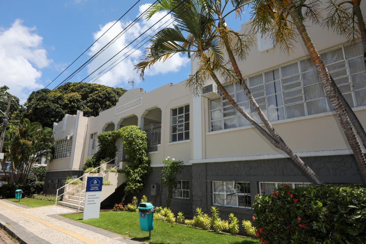 Faculdade Santa Casa prorroga inscrições para bolsas nos cursos de graduação