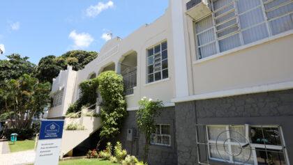 Faculdade Santa Casa divulga edital para bolsas nos cursos de graduação